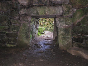 Carn Euny ritual chamber
